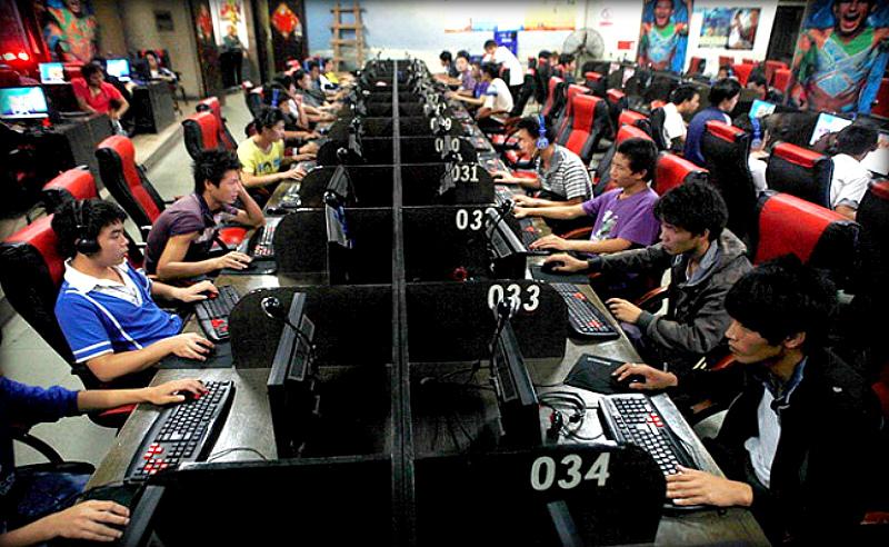 Компьютерные игры: либо тушат Вашу жизнь, либо подкидывают дров