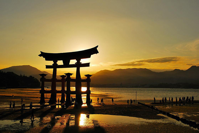 Japan-uniq