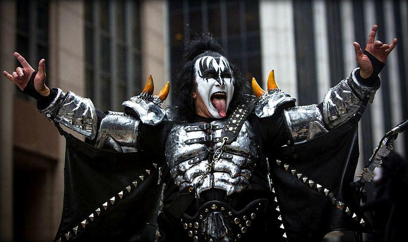 17 самых богатых рок исполнителей на 2017 год