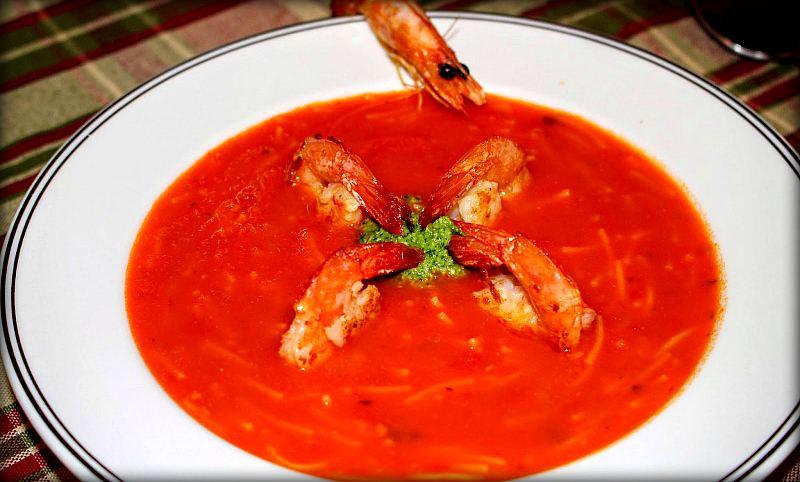Tomatnyy-sup-s-krevetkami