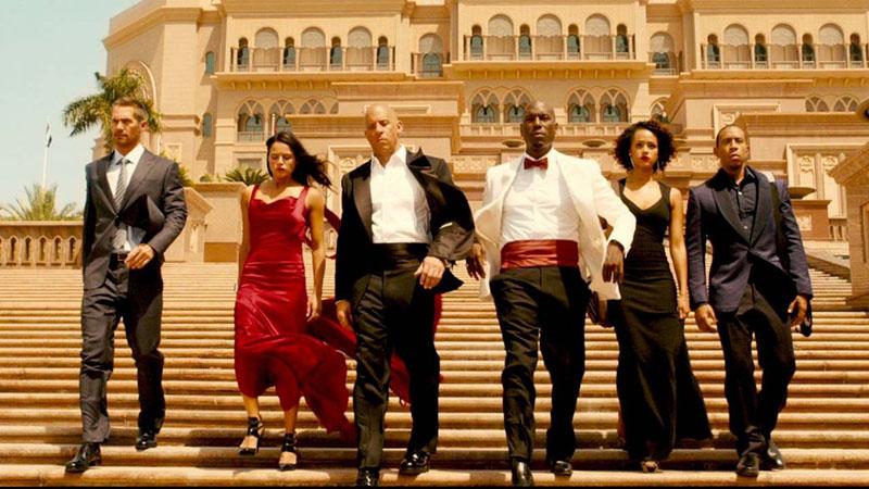 10 самых кассовых фильмов за все время