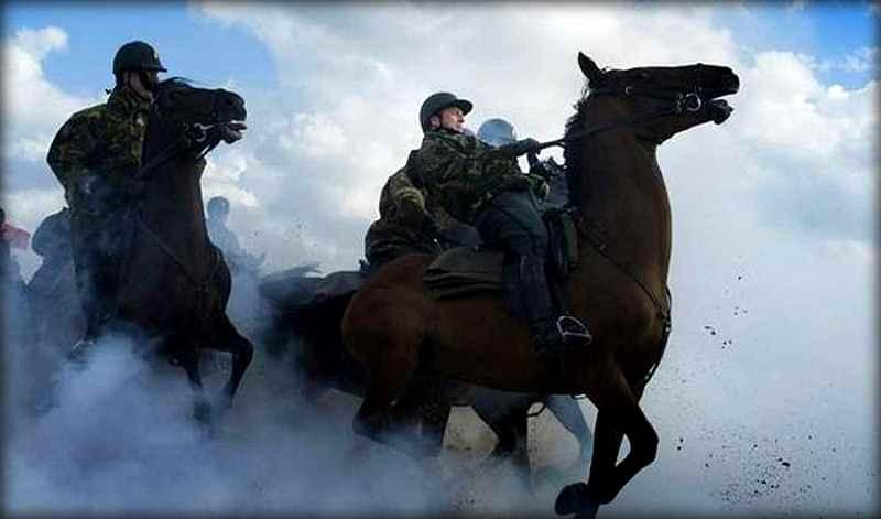 """10 шокирующих """"обрядов посвящения"""" в разных армиях мира"""