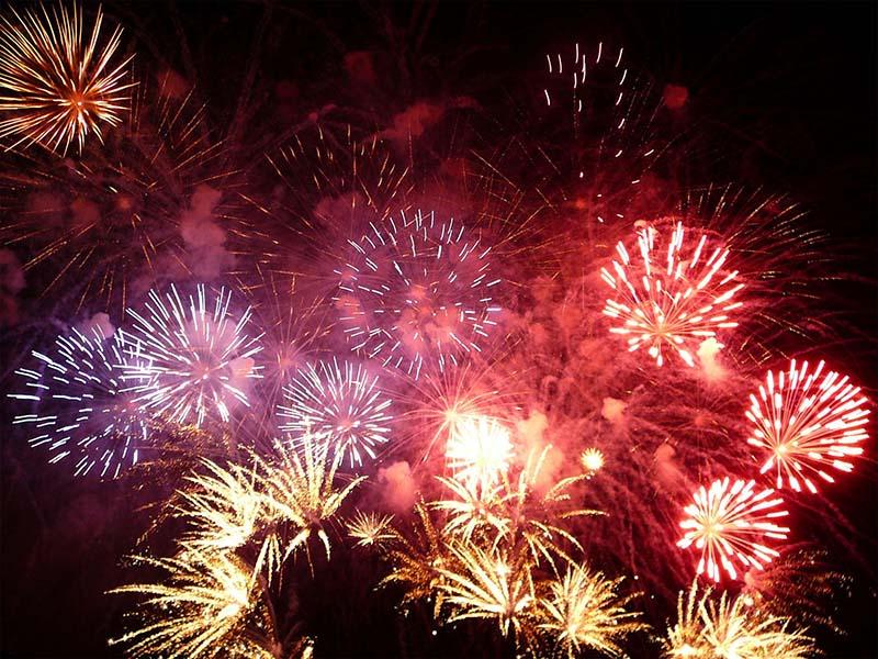Как притягивают удачу на Новый год в разных странах мира?
