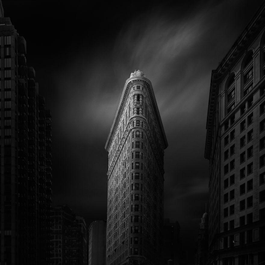 Знаменитые достопримечательности Нью-Йорка в чёрно-белых фотографиях Денниса Рамоса