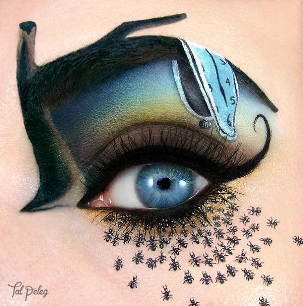 Визажист рисует на своих глазах целые истории